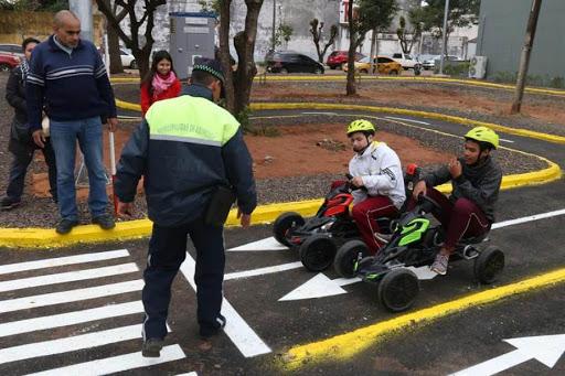 رانندگی در راه های پاراگوئه